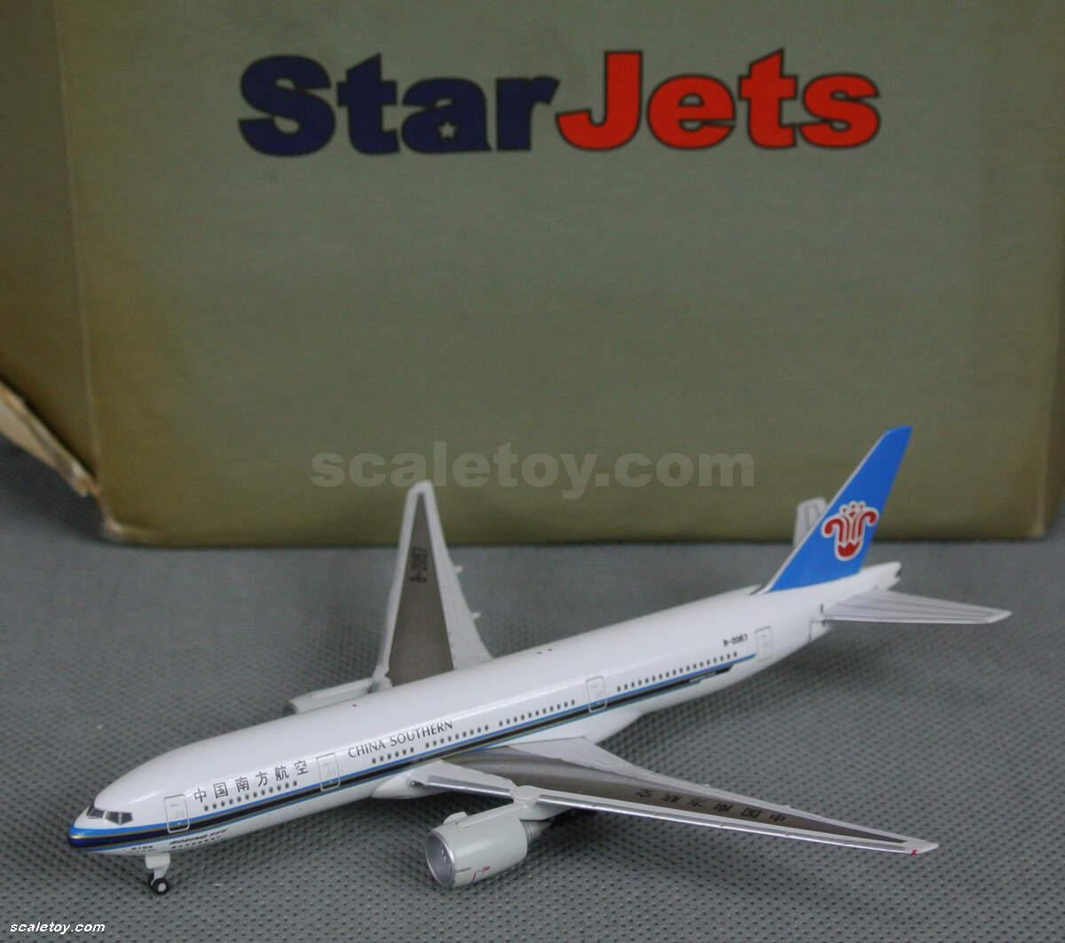 这架模型由starjets出品,属于schuco的下属飞机品牌,比例1/500.