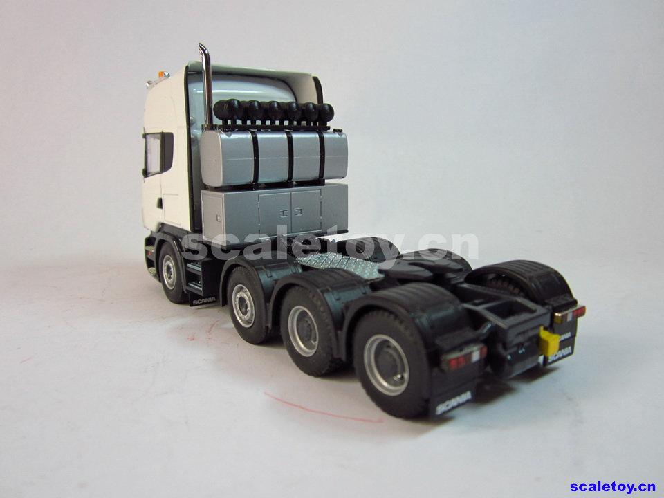 大车拖小车玩具图片