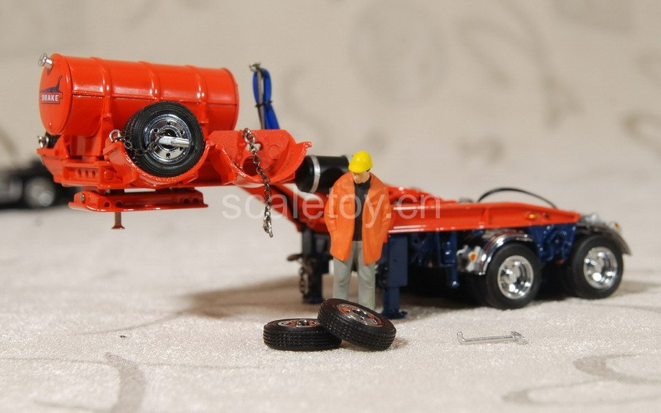 TWH 09002 DRAKE TRAILER SWINGWING WITH KENWORTH T908