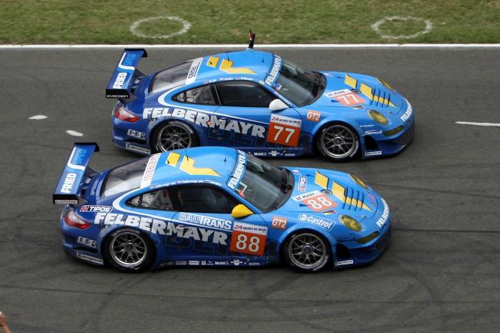 2010-Porsche-911-GT3-RSR-Racing-Team-Felbermayr-Proton-Duo-1920x1440